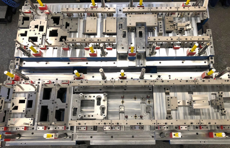 Werkzeug Komponente aus karlsruhe. Werkzeugbau Startseite Firma Stoll und Seemann   Werkzeugbau aus Karlsruhe nach DIN ISO 9001-2015